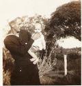 A A Burns & Glenda, 1942