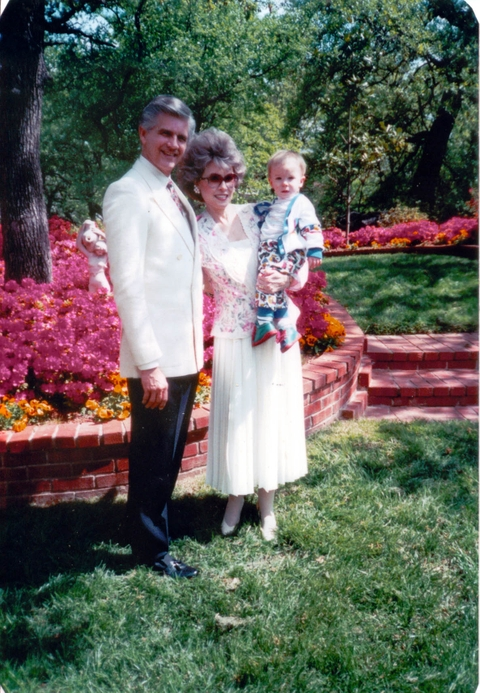 Charles_and_hilda_with_azaleas_2