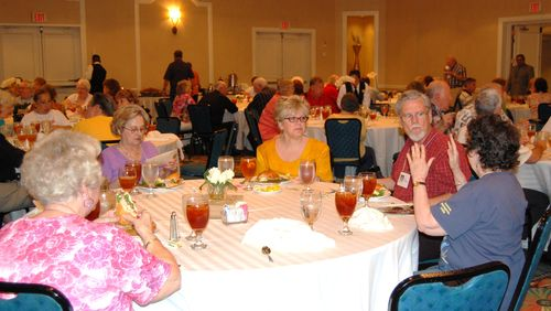 Milby 50th Reunion Saturday Lunch  028