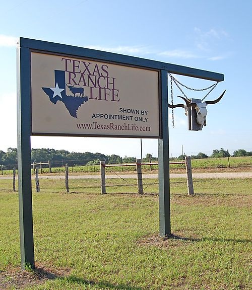 T - Texas Ranch Life