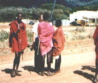 Sb) Shopping with Masai Along the Road