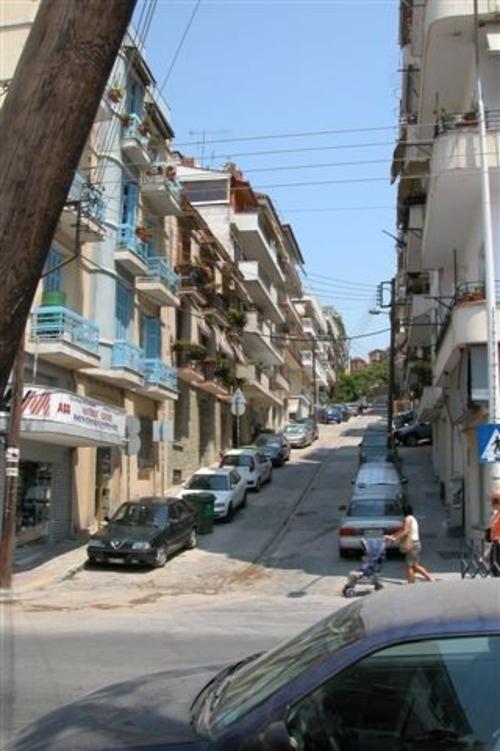 30b Thessaloniki Sidestreet
