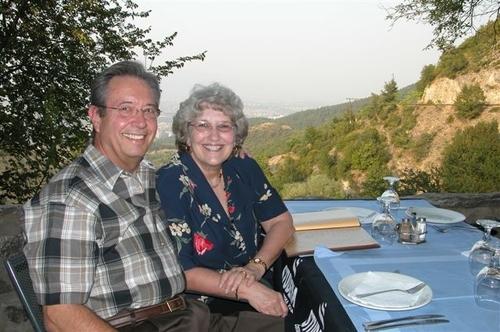 43 - Ken and Carole, Dining al fresco