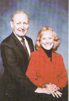 M) Wayne and Roberta Currington