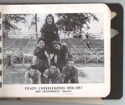 Deady Cheerleaders