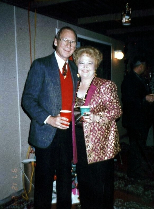 H - Gladys and Bo - Partying
